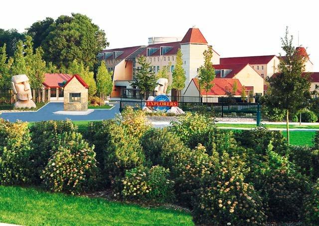 Disneyland Paris -Explorers Hotel - aanzicht