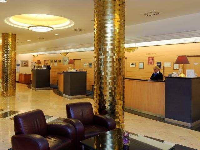 Budapest - Hotel Radisson Blu Bèke **** - receptie