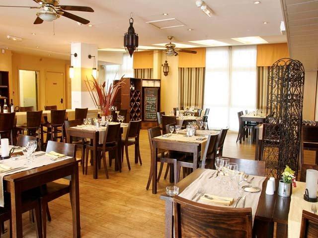 Disneyland Paris - hotel Kyriad Torcy - restaurant