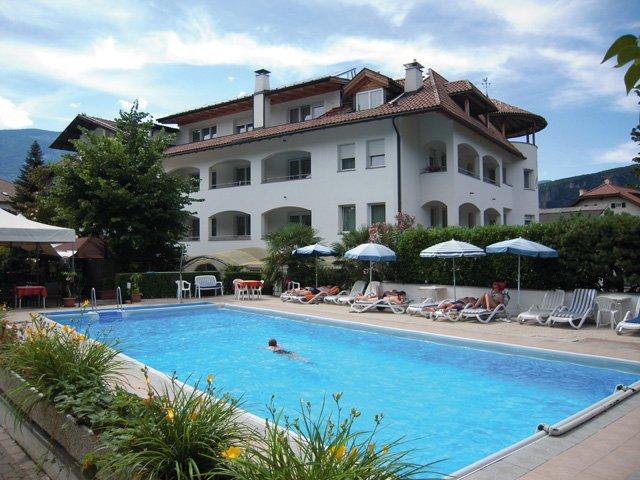 Ora - Hotel Markushof *** - zwembad
