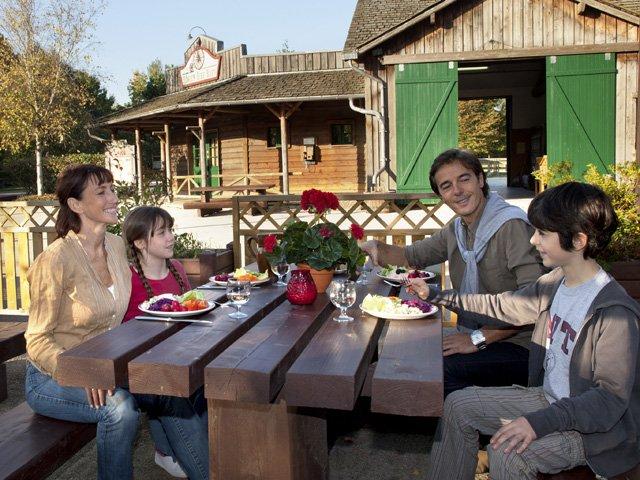Disneyland Paris - Disney's Davy Crockett Ranch