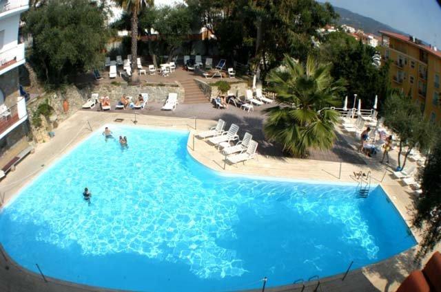 Diano Marina- Hotel Moresco *** - zwembad