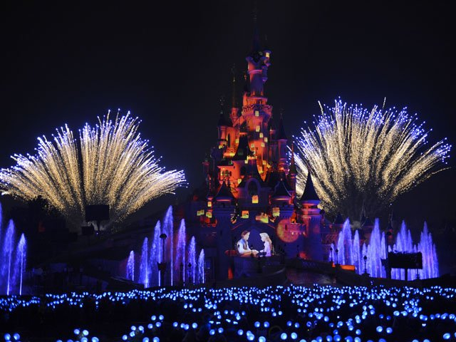 Disneyland Paris - Disneyland Park - Disney Illuminations