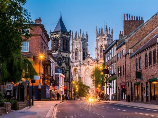 Groot Brittanië - Engeland - York - York by night - York Minster - straatbeeld