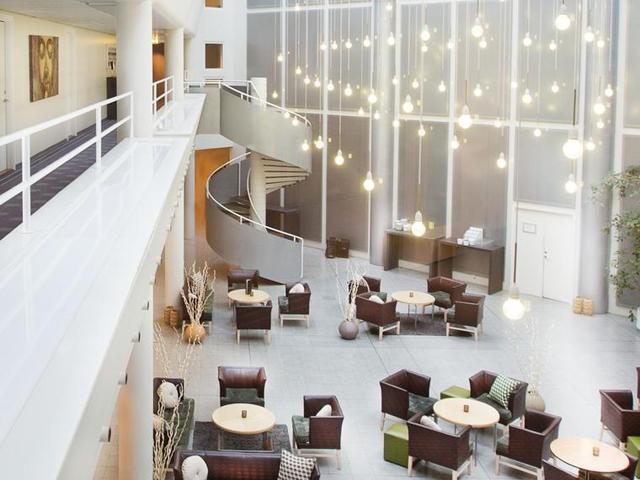 Hotel Lautruppark****