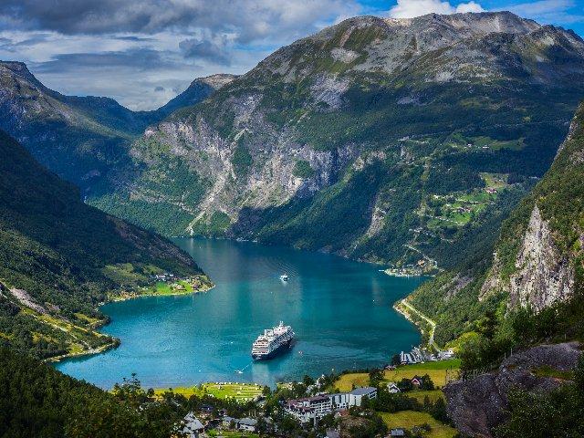 Noorwegn - Geirangerfjord vanaf Dalsnibba Plateau