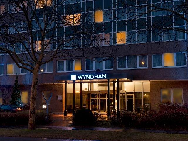 Hannover - Wyndham Hannover Atrium **** - aanzicht