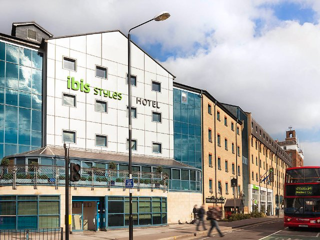 Ibis Styles Excel London ***