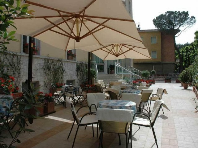 Chianciano Terme - Hotel Mizar **** - terras