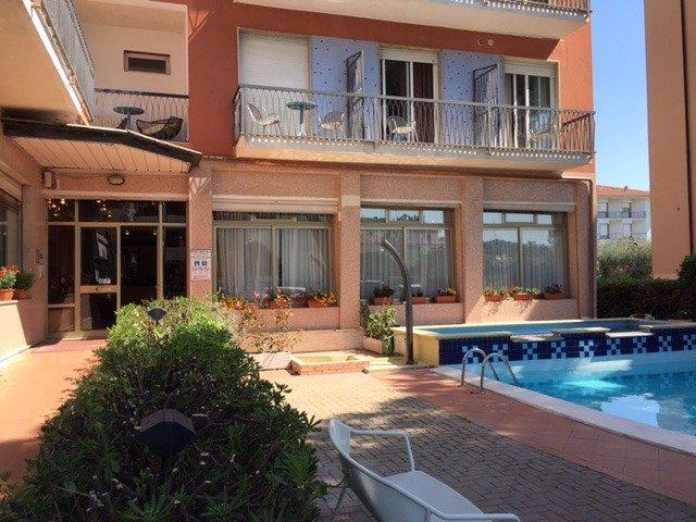 Diano Marina - Hotel Kristall *** - zwembad