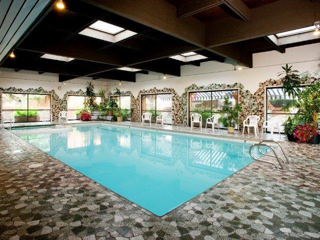 Jasper - Marmot Lodge *** - zwembad