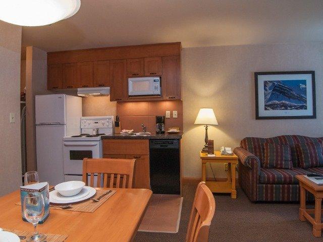 Banff - Hotel Hidden Ridge Resort **** - keuken