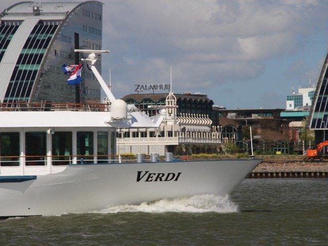 Schip MS Verdi **** Deluxe - aanzicht