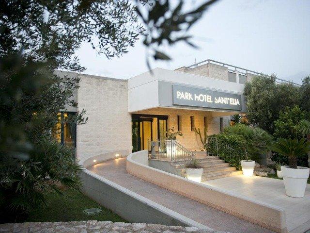 Fasano - Park Hotel Sant'Elia *** - aanzicht