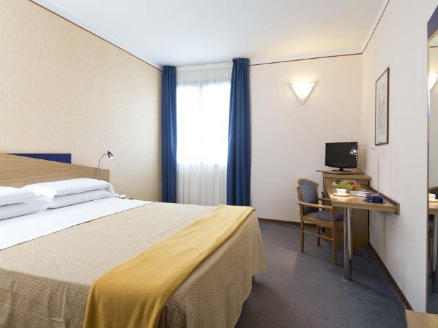 Fasano - Park Hotel Sant'Elia *** - 2-persoonskamer