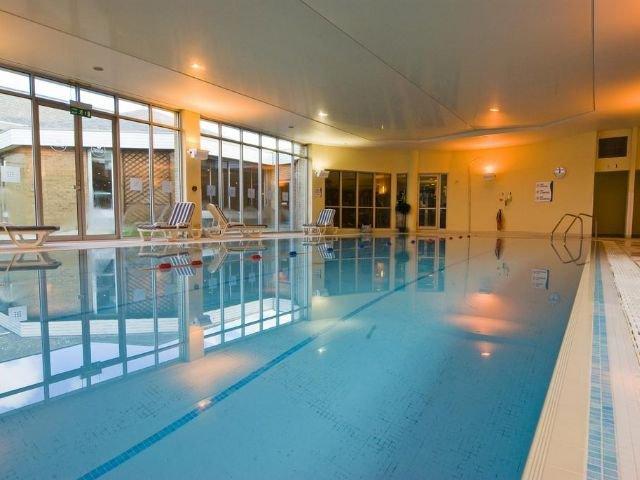 Ipswich - Hotel Holiday Inn Ipswich **** - zwembad