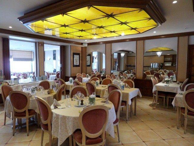 Dinard - Hotel Les Tilleuls ** - restaurant