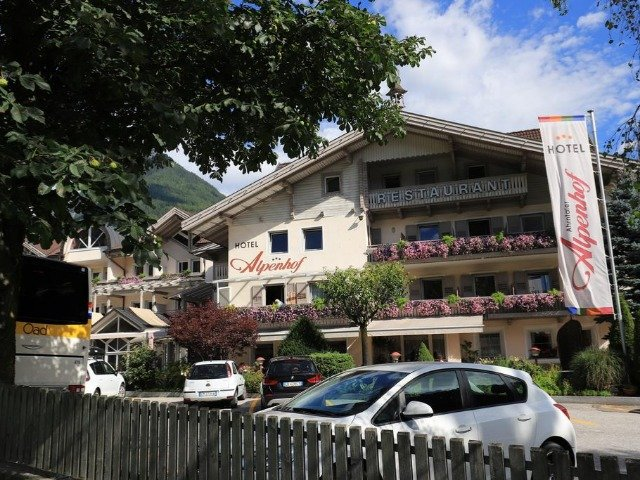 Lutago - Hotel Alpenhof *** - aanzicht