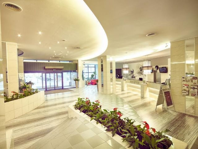 Hotel Continental Forum****