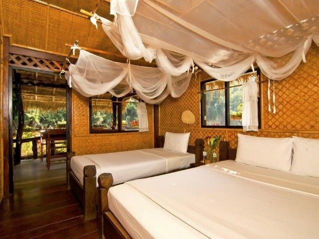 Hotel Jungle Rafts