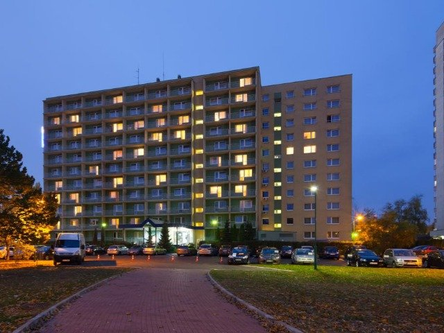 Warschau - Best Western Felix *** - hotelaanzicht