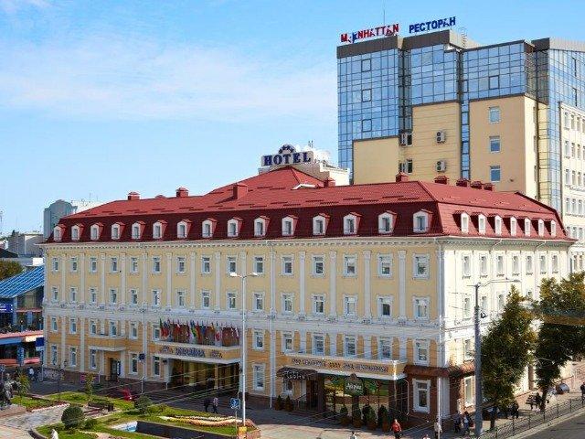 Rivne - Hotel Ukraine **** - hotelaanzicht