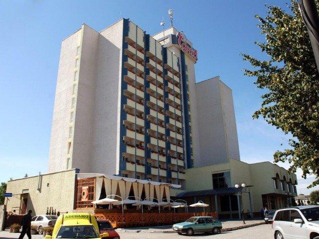 Kamyanets Podilskiy - Hotel 7 Days *** - hotelaanzicht