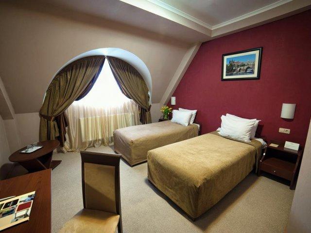 Uzhgorod - Hotel Praha **** - voorbeeldkamer