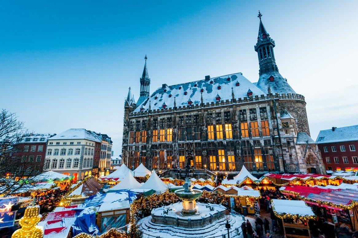 Kerstmarkten Keulen en Aken