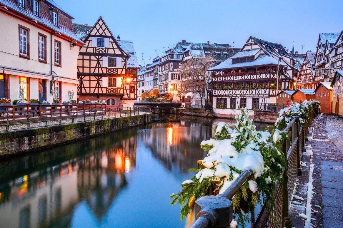 Straatsburg wintersfeer