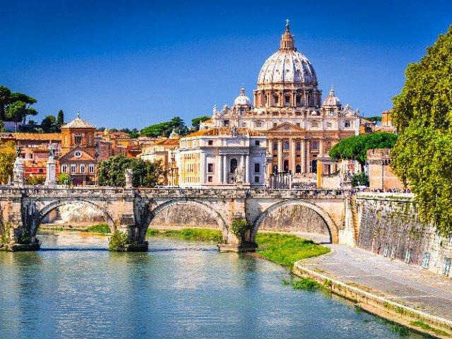 Italië - Sint-Pietersbasiliek in Rome