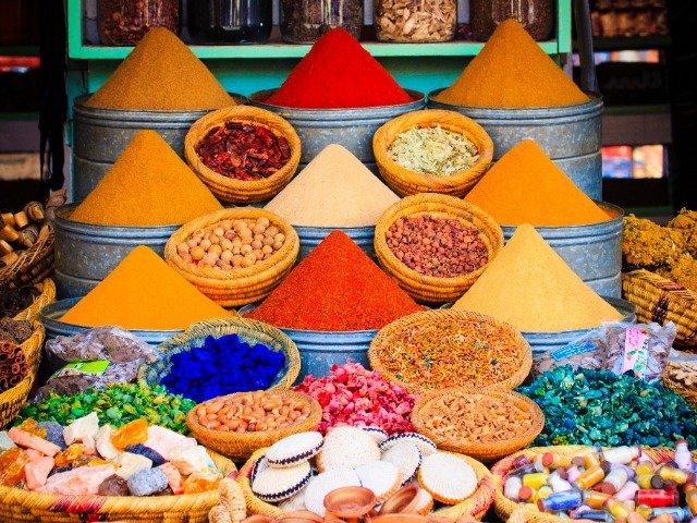Marokko - kruiden op een lokale markt