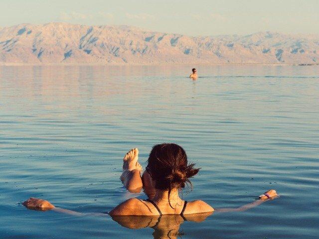 Israël - Drijven op de Dode Zee