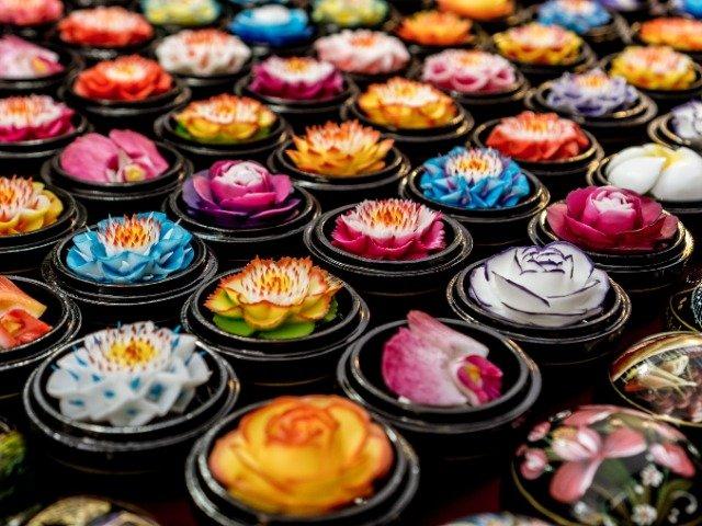 Thailand - Thaise bloemenzeep op een lokale markt