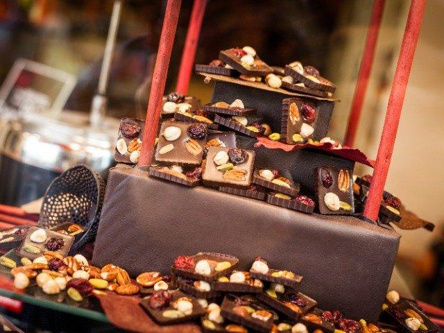 Belgische chocolade in een etalage