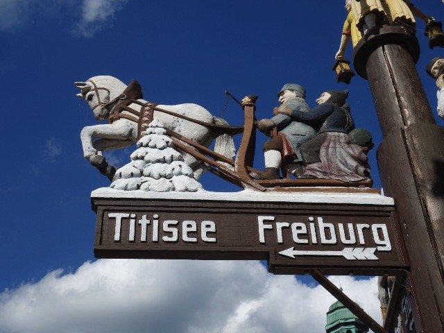Duitsland - Wegwijzer Titisee en Freiburg