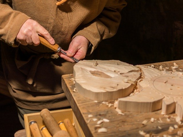 Italiaans houtsnijwerk
