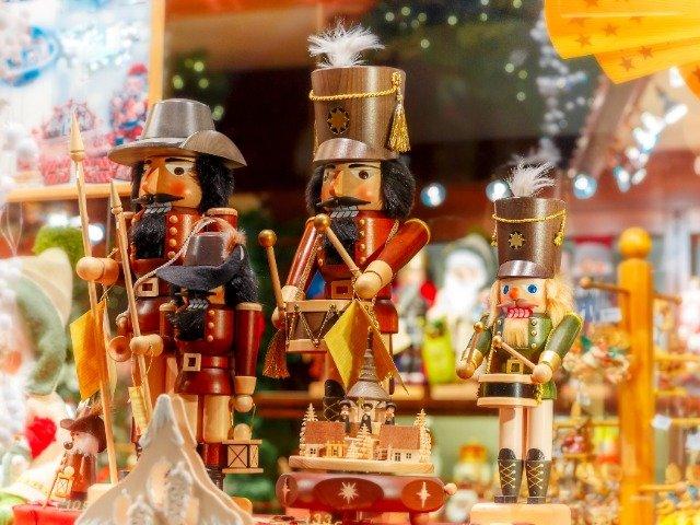 Notenkrakers op de kerstmarkt