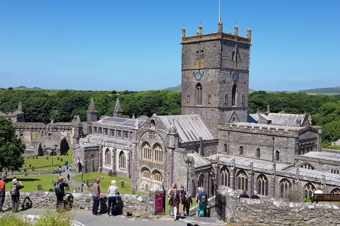 Wales - St. Davis kathedraal - wandelen