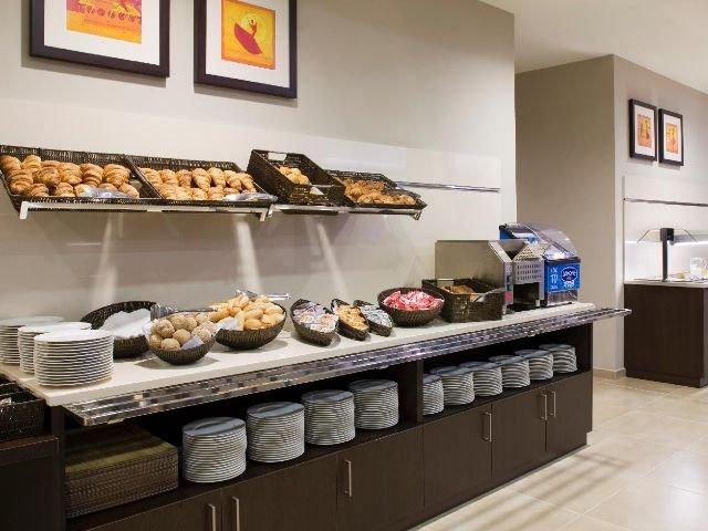 Bilbao - Holiday Inn Express - ontbijt