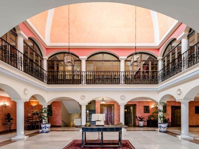 Sevilla - YIT Vereda Real - lobby