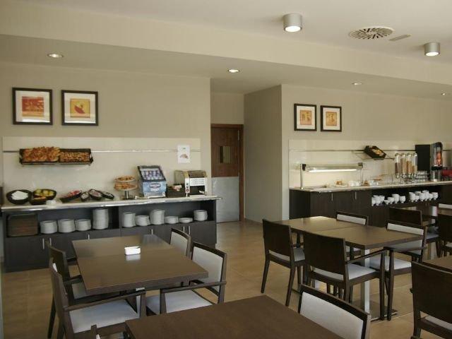 Bilbao - Holiday Inn Express - ontbijtzaal