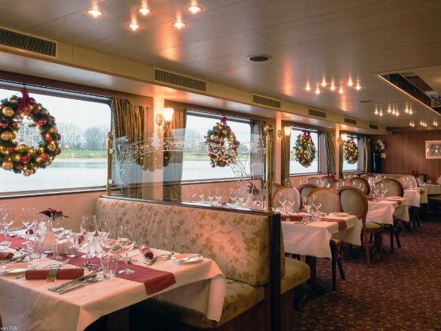 MS Switserland II_ restaurant