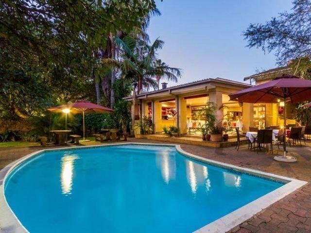 hotel numbi - zwembad