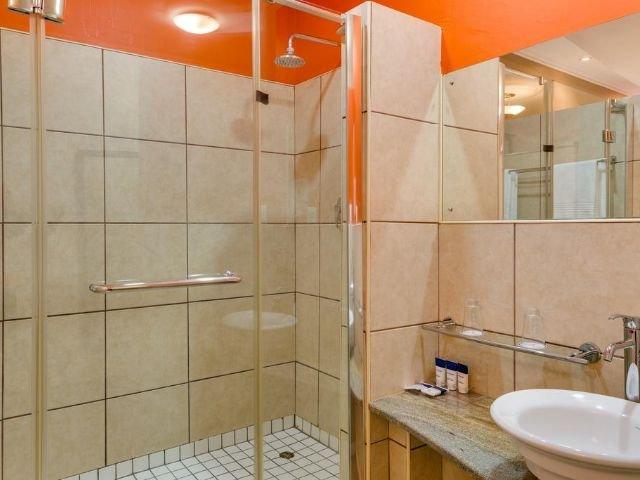 protea hotel umfolozi - badkamer