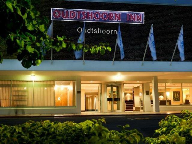 oudtshoorn inn hotel - vooraanzicht