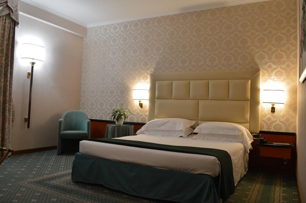 Pomezia - Hotel Principe *** - voorbeeldkamer