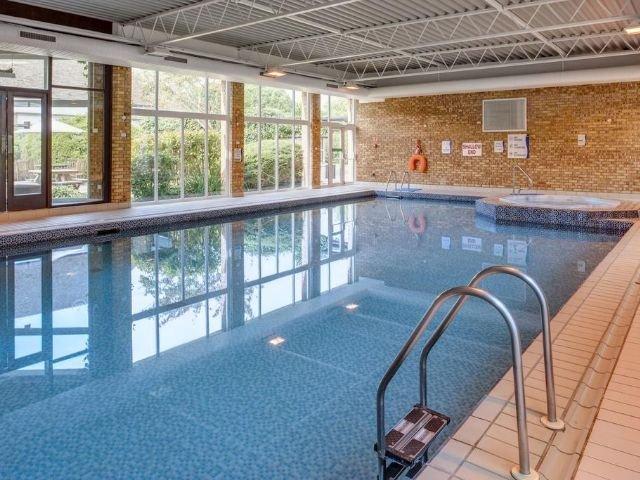 Holiday Inn Swindon **** - zwembad