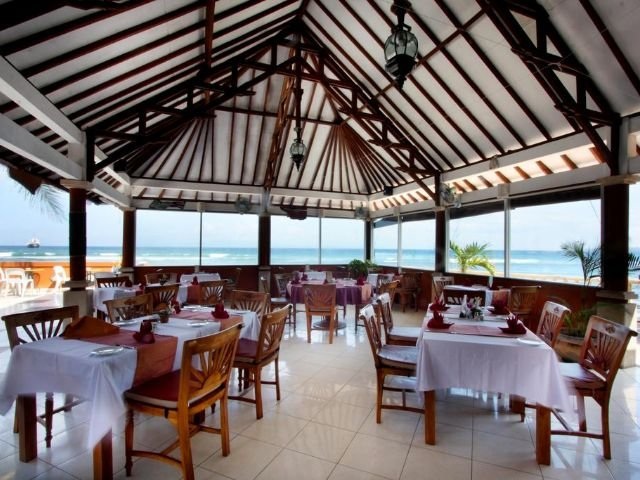 palms beach resort - restaurant