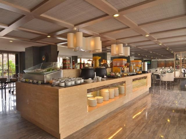 swiss-belresort watu jimbar - restaurant